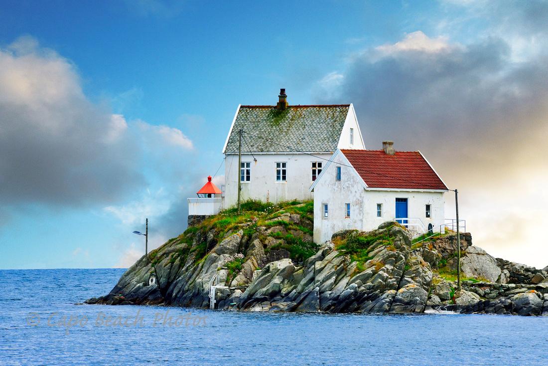 Vikeholmen Lighthouse